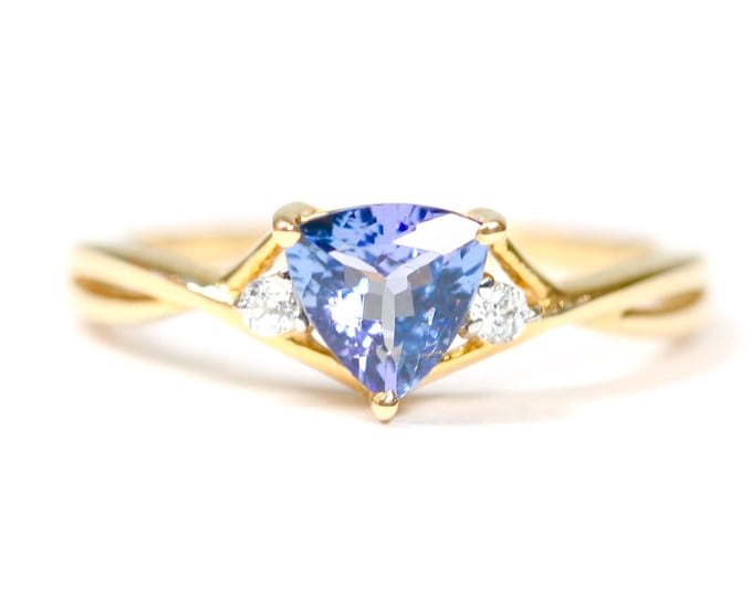 Sparkling 9ct gold AA Tanzanite & Zircon ring - fully hallmarked with Certificate of Authenticity - size P 1/2 or US 7 3/4