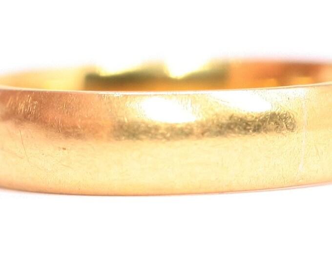 Superb antique 22ct gold wedding ring - hallmarked Birmingham 1923 - size K or US 5