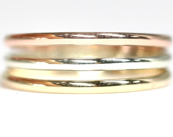 Stunning vintage 9ct three colour gold ring - hallmarked Sheffield 1989 - size K or US 5
