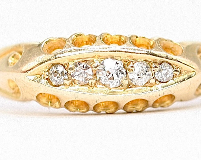 Beautiful Edwardian Old Cut Diamond 18ct gold boat ring - hallmarked Chester 1904 - size N 1/2 or US 6 3/4
