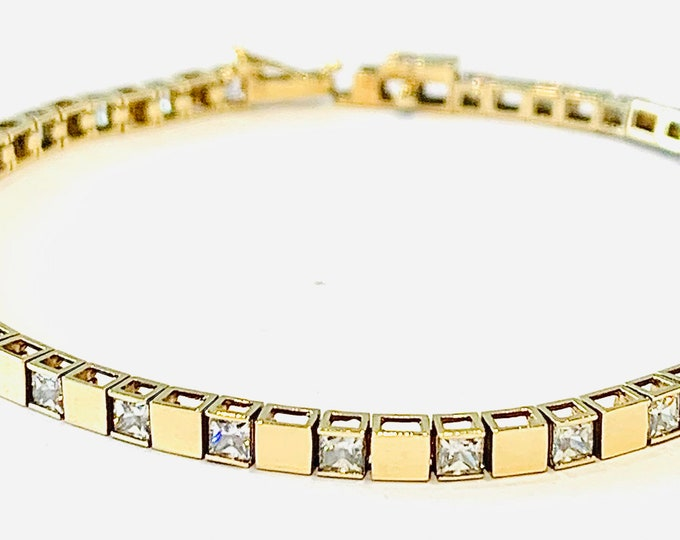 Superb vintage 9ct yellow gold 7 1/2 inch block link bracelet with Cubic Zirconia - fully hallmarked - 8gms