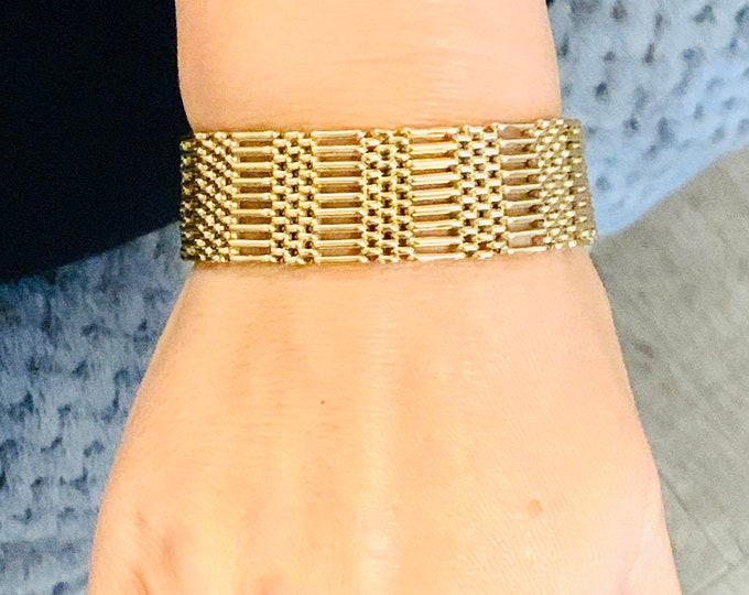Superb heavy vintage 9ct yellow gold 7.5 inch 9 bar bracelet with padlock - fully hallmarked - 32.5gms