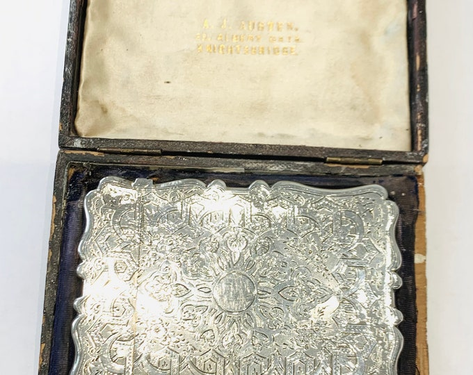 Exquisite antique Victorian sterling silver card case in the original fitted box - Hallmarked Birmingham 1870