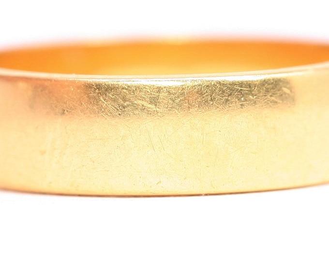 Superb vintage 22ct gold wedding ring - hallmarked Birmingham 1972 - size N or US 6.5