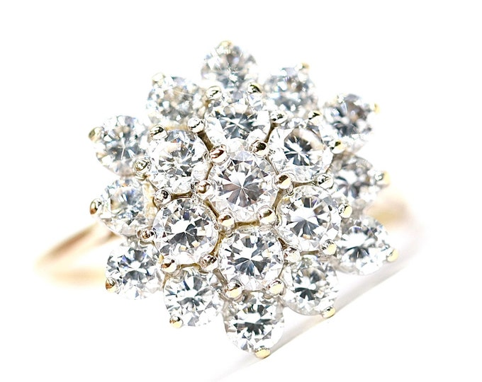 Superb sparkling vintage 9ct yellow gold Cubic Zirconia cluster ring - fully hallmarked - size R or US 8.5