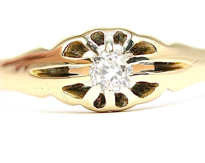Superb antique Edwardian 18ct gold Diamond gypsy / pinky ring - stamped 18CT - size R or US 8.5