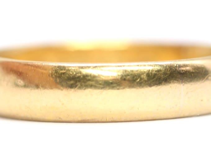 Antique 22ct gold wedding ring - hallmarked Birmingham 1913 - size M or US 6