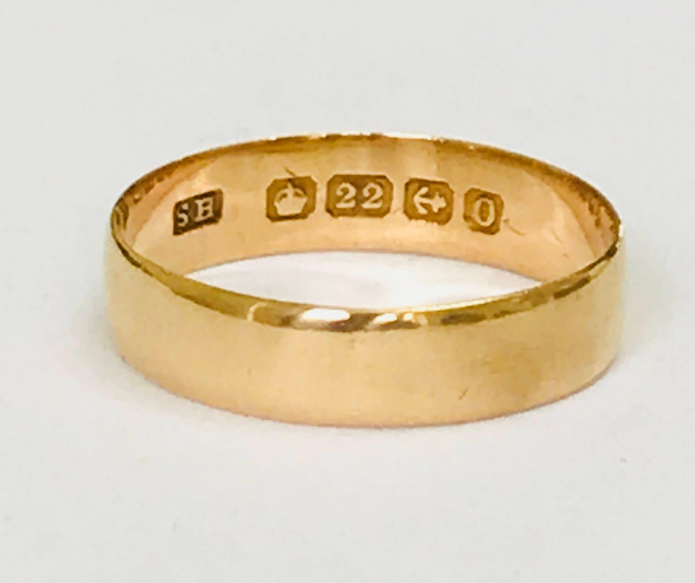 Superb Antique 22ct Gold Wedding Ring Hallmarked Birmingham 1938