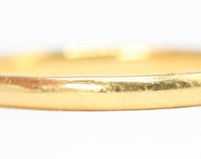 Men's antique 22ct gold wedding ring - hallmarked Birmingham 1938 - size Y or US 12