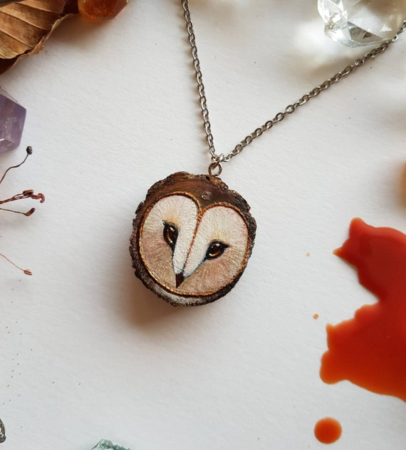 Barbagianni pendant, owl art, painted on wood, wooden pendant, gift idea