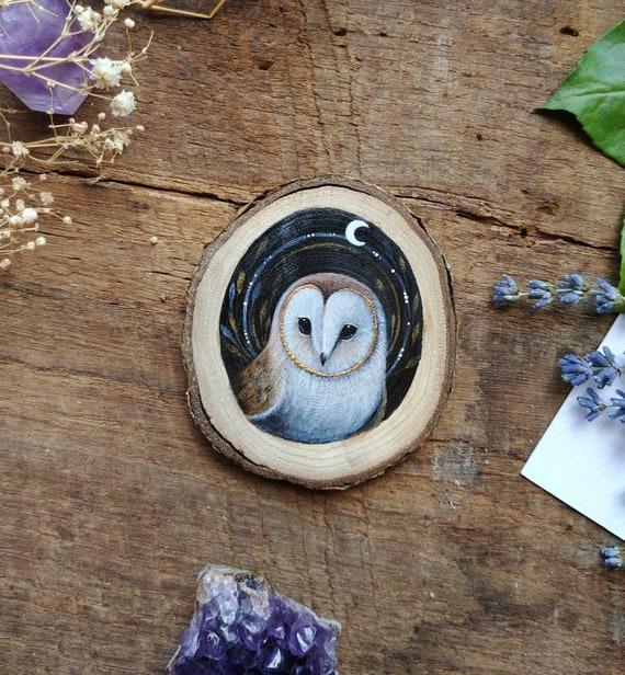 Barn owl Painting, animal spirit, original art, painting on wood, wooden slice, gift idea