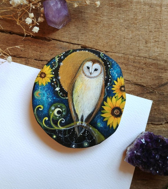 Barn owl with sunflowers, animal spirit, painting on wood, original art, painted wood slice, gift idea