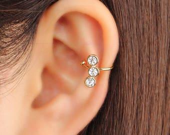 Ear cuff no piercing, non pierced, swarovski stone, ear jacket, ear climber, CZ ear cuff, ear crawler, no pierce, CZ ear climber, rose gold