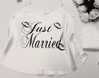 Gerade geheiratet Bräute Dessous-Set | Braut-Satin Cami-Set | Braut sein PJ | Flitterwochen | Hochzeit | Brautgeschenk | Bachelorette Party