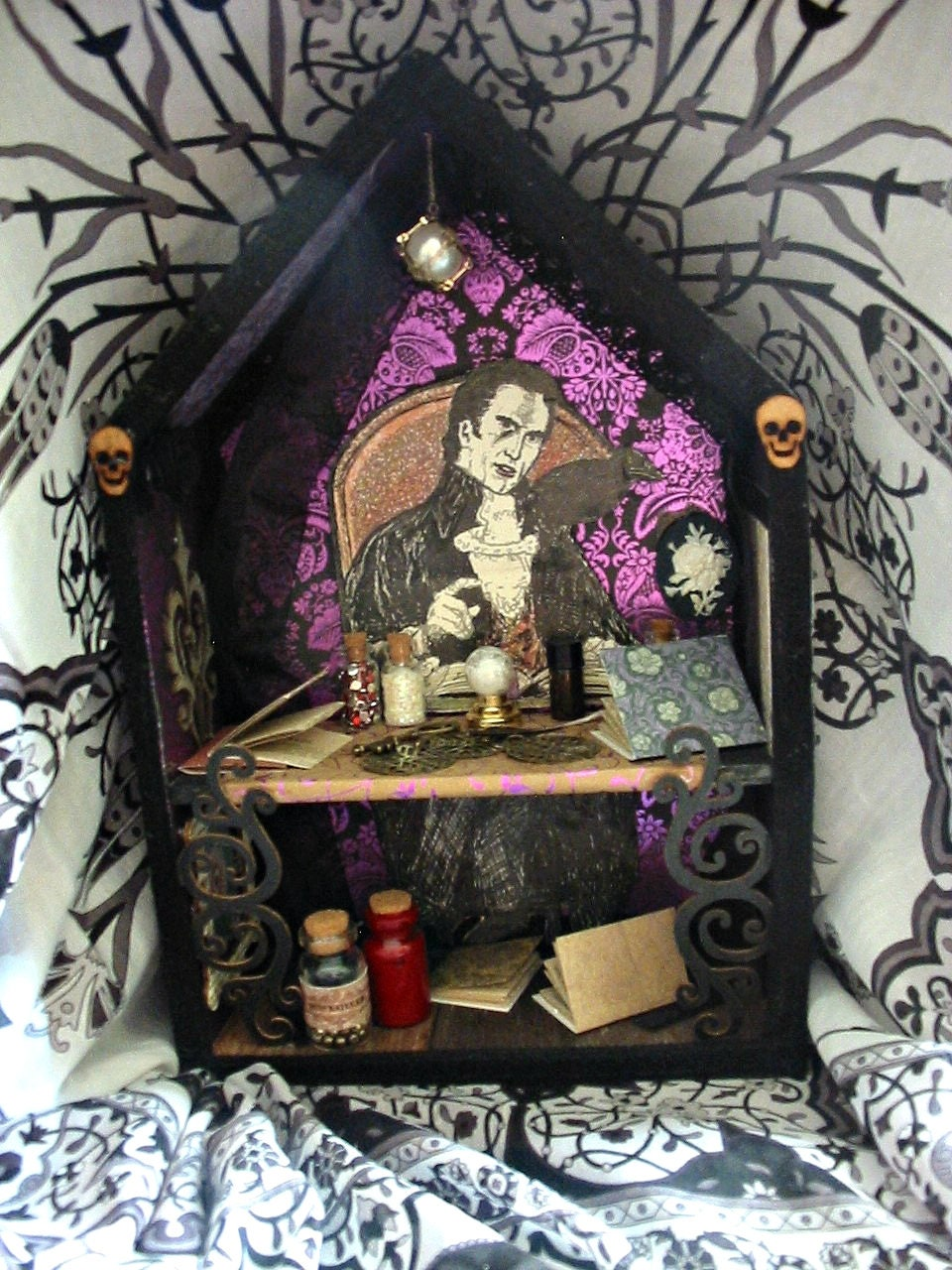 Miniature Children S Bedroom Room Box Diorama: Vampire Roombox/diorama. Miniature Vampire Room.Spooky