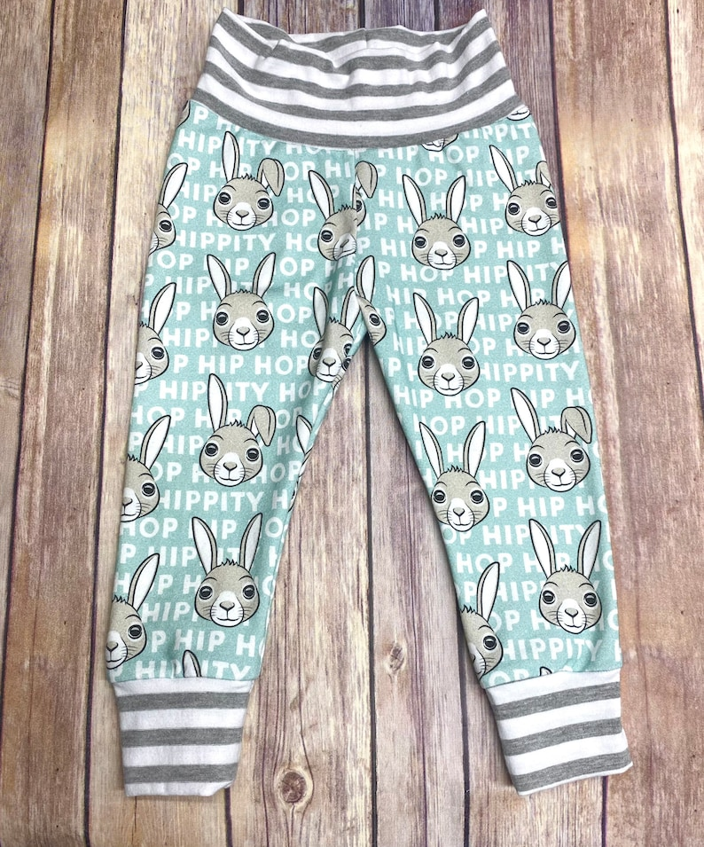 sweet spring Toddler Easter Bunny Hop Happy Easter Outfit Set JoggersLeggings and shirt or onesie - Cotton Baby mod