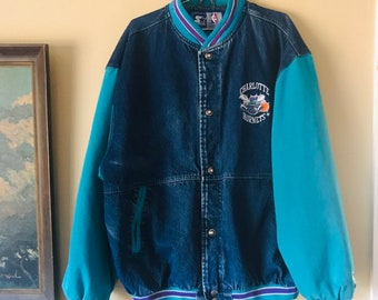 f901e3334fa Vintage Charlotte Hornets Denim Embroidered Starter Jacket