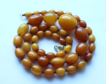 Antique 14k Clasp with 27.7 g Butterscotch/Egg Yolk/Honey Amber Necklace