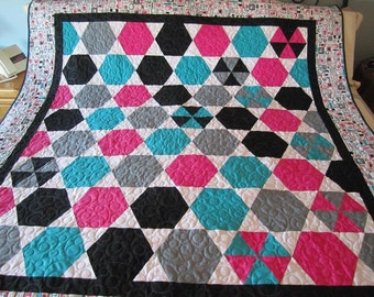 Hexagon Quilt, blanket, twin size, quilt, pink, gray, blanket, white, turquoise, modern quilt, geometric shape, hexagon, triangle, handmade