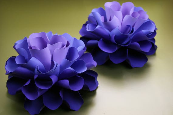 "Small paper flowers,  table decor  ""GABRIELLE"""