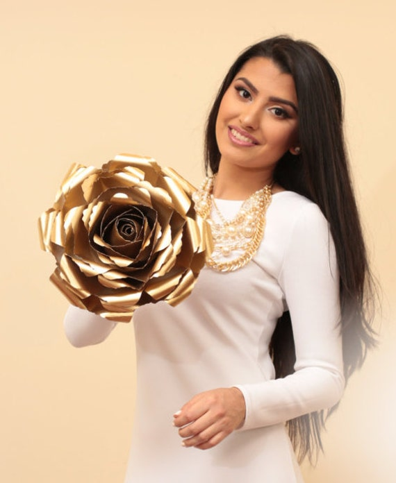 "Oversized Paper Flower – Metallic Gold Paper Flower Wedding Décor – Floral Photo Booth Prop ""GOLD ROSET"""