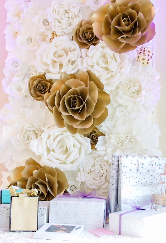 4x8 Paper Flower Backdrop / Giant Paper Flowers Wall / Paper Flower Wall /Large paper flowers / Wedding Wall / Crepe paper flowers
