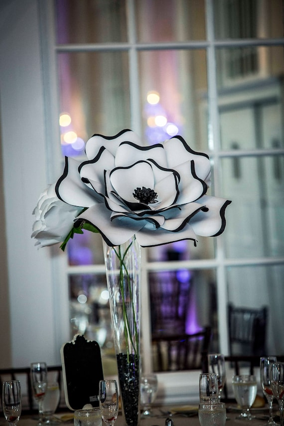 Custom paper flower centerpiece, giant paper flower, large paper flower centerpiece, paper flower table decor