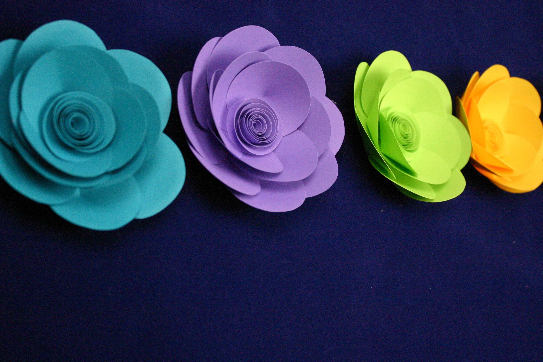 Small Paper Flowers Table Decor Kara