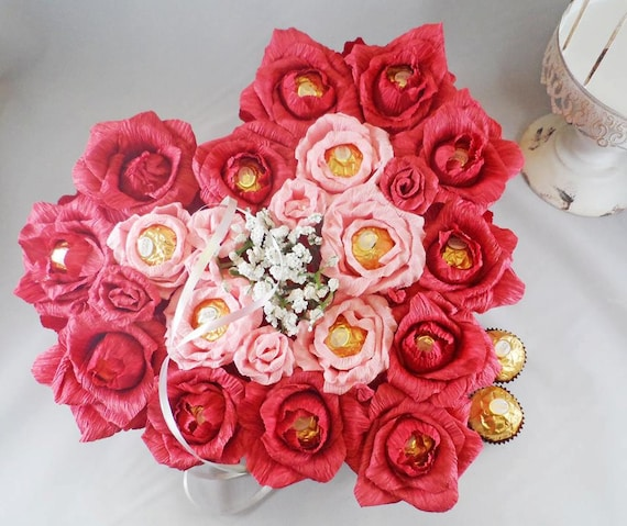 Valentines Candy flowers handmade gift for wedding anniversary,mother,s day, birthday or other occasion. Sweet gift for friend, sister,mothe