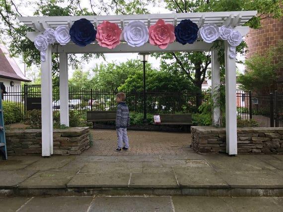Paper Flower Decoration / Giant Paper Flowers / Paper Flower wedding arch decoration