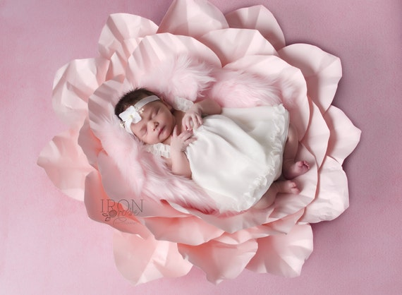 Paper Flower Newborn Photo Prop Keepsake - Paper Flowers | Paper Flower Wall Art | Newborn baby photo | Newborn Photo Props