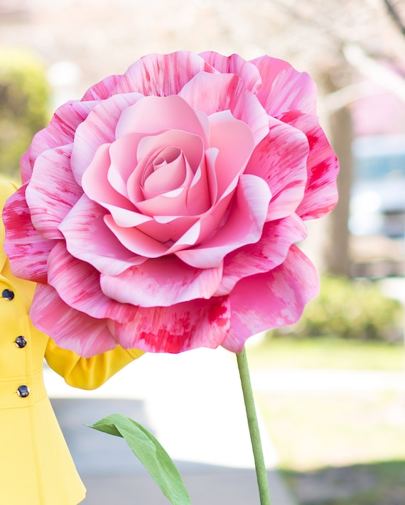 Self standing flower, large paper flower, big paper flower for any occasion, free standing paper flower, flower with stem