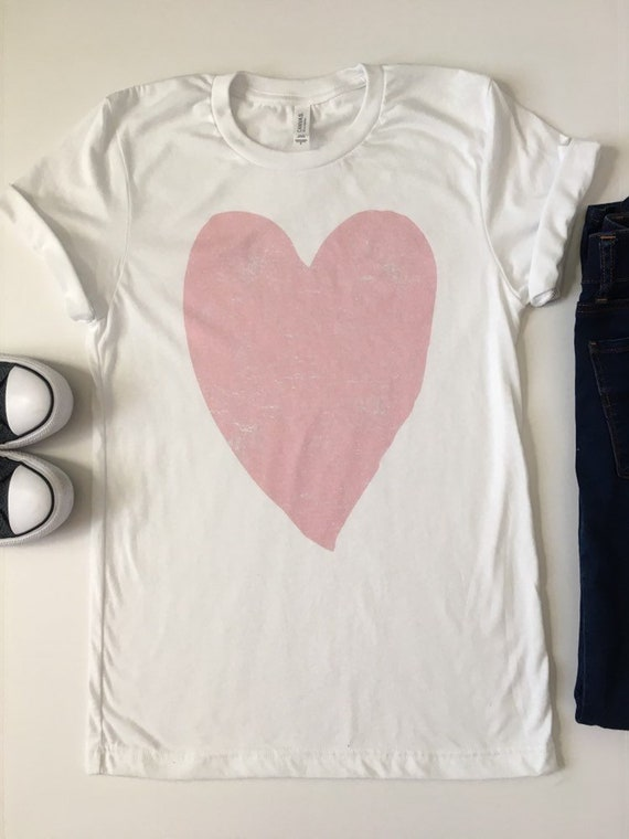 274806a20 Valentines Day Shirt. Heart Shirt Women. Heart Tee. Love   Etsy
