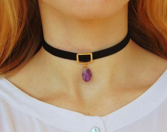 Amethyst Choker, Gemstone Choker, Choker Necklace, Raw Amethyst Necklace, Gemstone Necklace, Crystal Choker, Boho Choker, Suede Choker