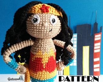 PATTERN Wonder Woman amigurumi - 2 PDF Spanish & English - Crochet doll