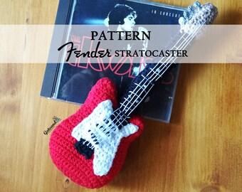 PATTERN. Guitar Fender Stratocaster -  2 PDF Spanish and English - pattern amigurumi - crochet guitar