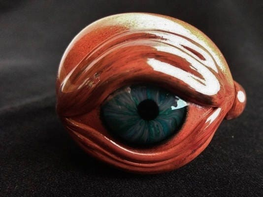 Detailed Glass Eye Pipe Red Eye Glass Pipe Glass Smoking Pipe Tobacco Pipes Glass Art Heady Glass Pipe Color Changing