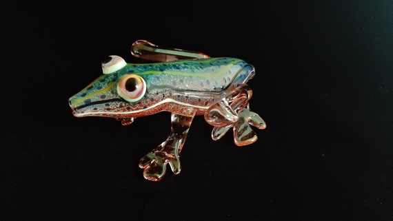 Glass Frog Pipe | Color Changing | Unique Functional Glass Art | Fast Shipping