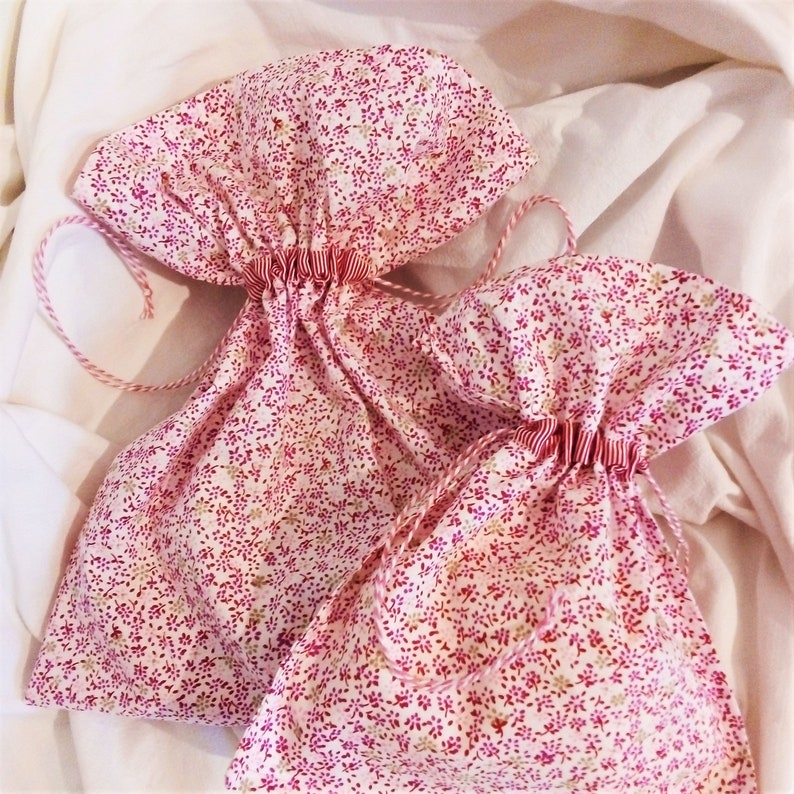 gift package zero-waste packaging. storage Flower fabric pouch cloth bag
