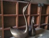 BRASS SWANS Mid Century Pair of Beautiful Elegant Swans English Maker, Heavy Brass, Ornamental, gift, birds, Paper Weights