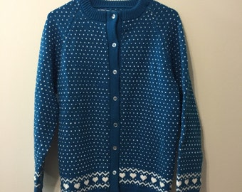 Adorable blue hearts knit sweater, excellent condition 1970s/80s womens M