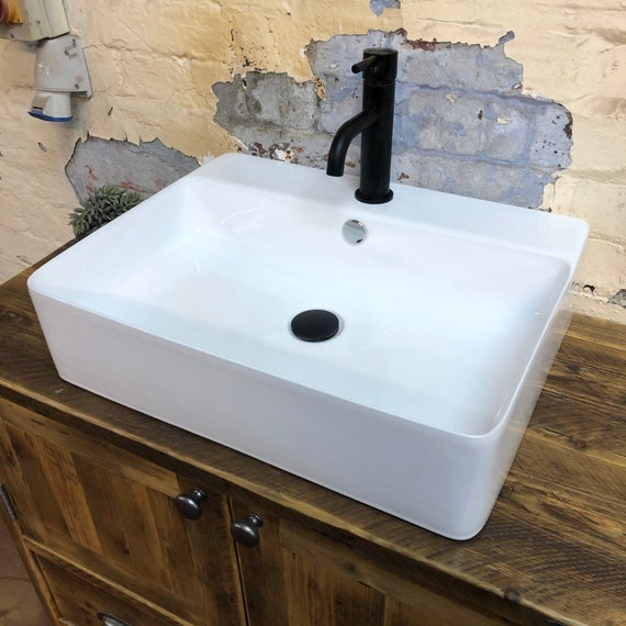 EXETER BASIN | 550 x 420 x 140 mm 1 Tap Hole Basin