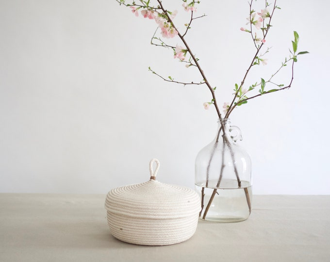 Wide Rope Basket