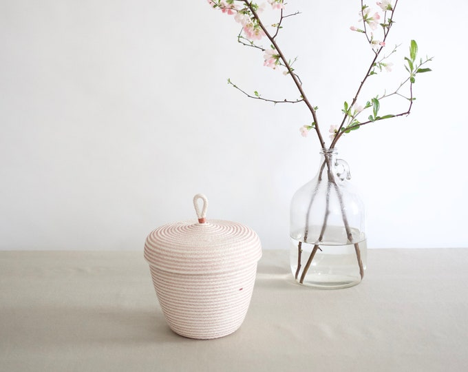 Rose Rope Basket