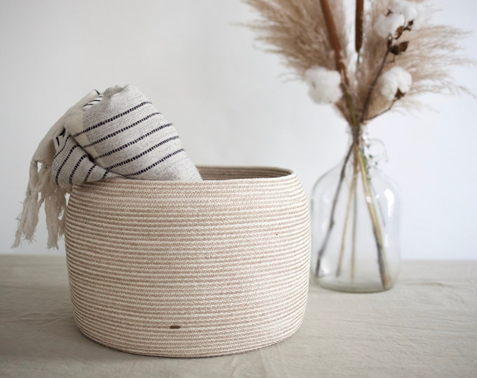 Medium Taupe Rope Basket
