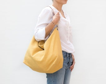 Ochre yellow linen hobo bag for summer. Large and Lightweigth handbag with leather strap. Casual everyday shoulder bag.