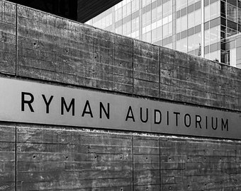 The Ryman Auditorium | Downtown Nashville Landmark | Metal | Canvas Print | Ready to Hang | Free Shipping