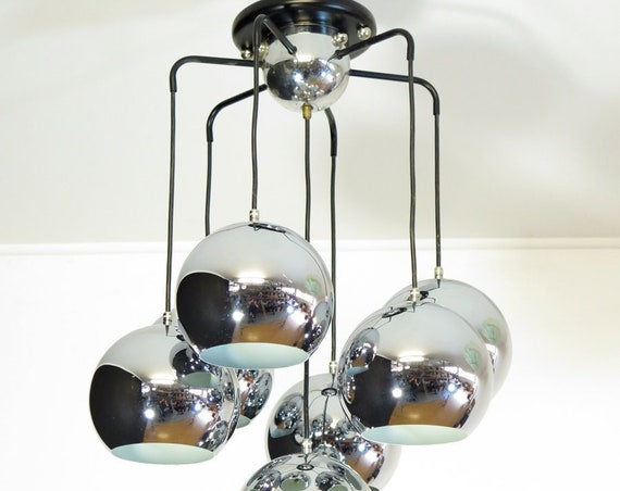 1970's Italian Vintage space age chrome chandelier in Reggiani style