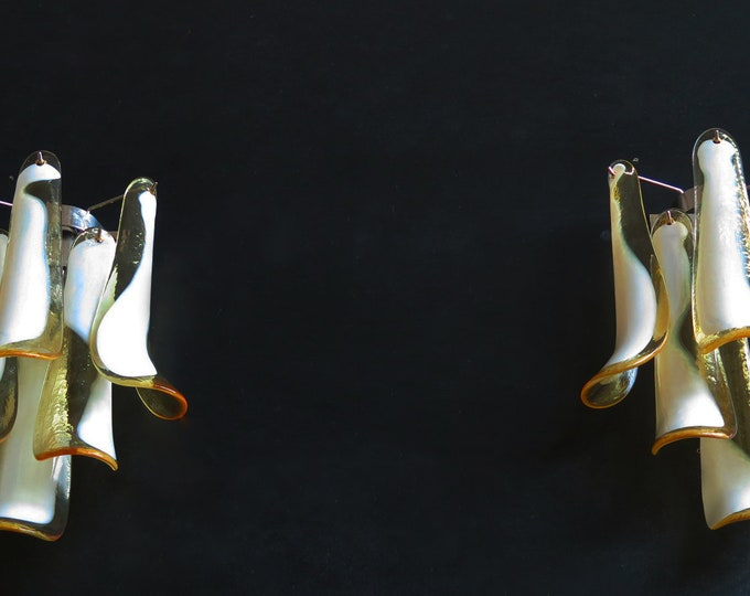 Pair of Vintage Italian Murano wall lights in the manner of Mazzega - caramel lattimo glass petals