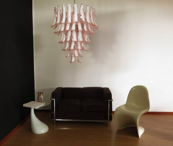 Italian vintage Murano chandelier in the manner of Mazzega - 75 pink glass petals